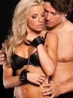 Xplay Love Chain Wrist Cuffs: Handfesseln, schwarz